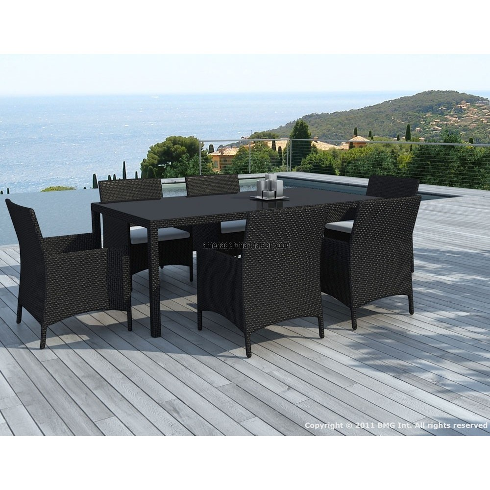 table et chaises de jardin. Black Bedroom Furniture Sets. Home Design Ideas