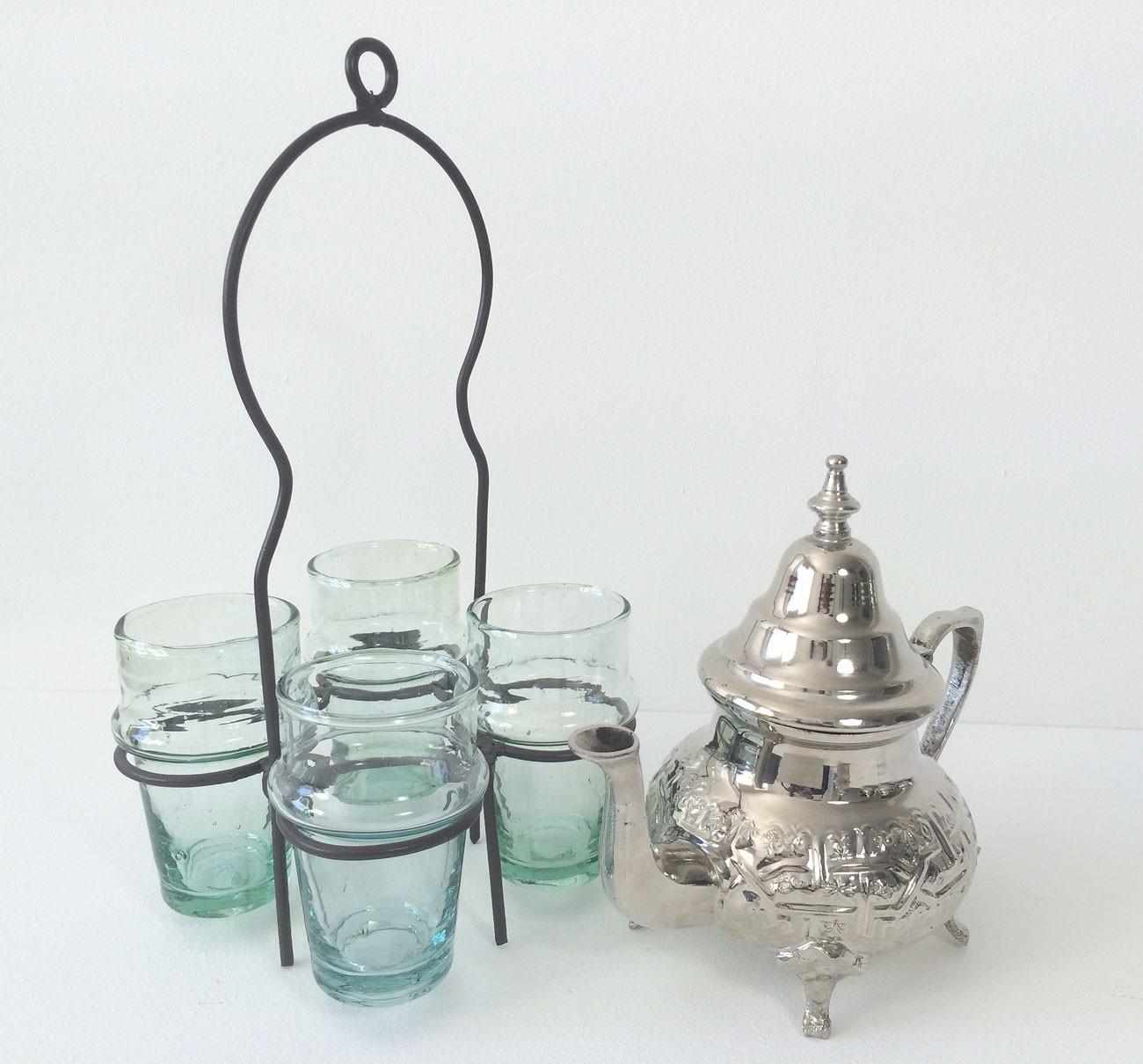 th i re marocaine avec pieds et verres. Black Bedroom Furniture Sets. Home Design Ideas