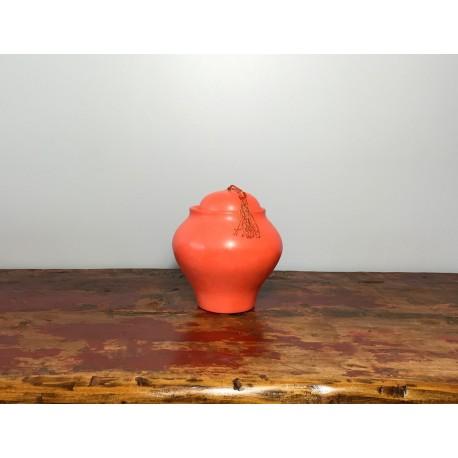 Pot et couvercle décoratif