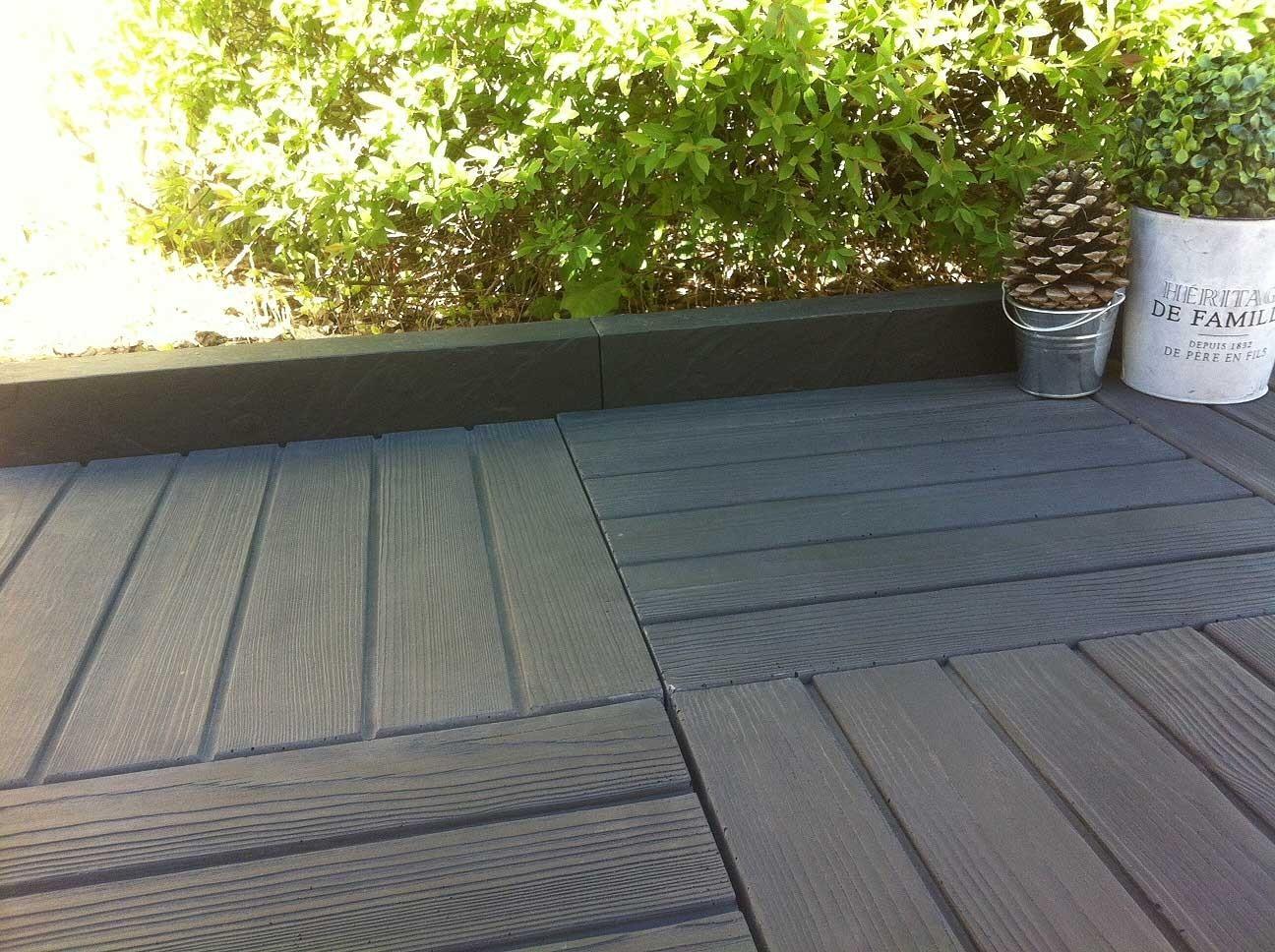 Dalles De Bois Pour Jardin dalle de terrasse en pierre reconstituée aspect bois 45 x 45