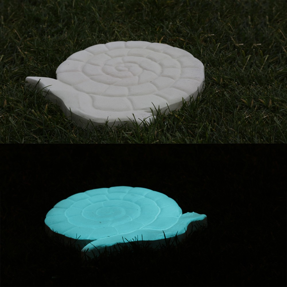 Pas japonais de jardin en pierre reconstitu e luminescent for Escargot decoration jardin