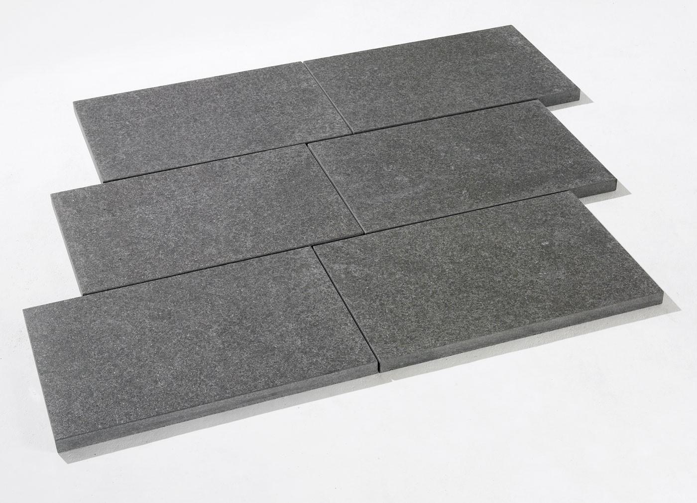 Dalle en pierre naturelle granit flammée noire 60 x 40 x 3 ...