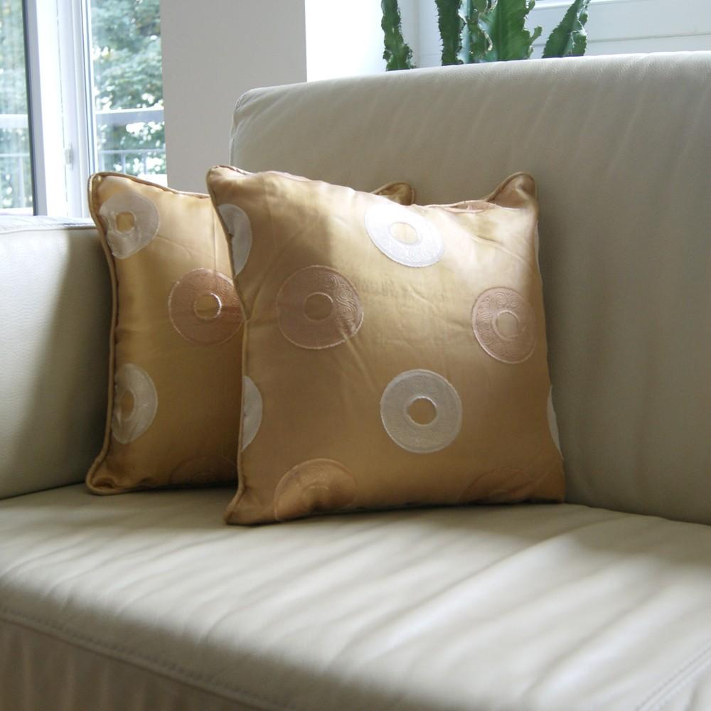 coussin d coratif. Black Bedroom Furniture Sets. Home Design Ideas