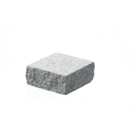 Pavé en pierre naturelle granit flammé 10 x 10 x 4 cm