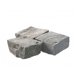 Pavé basalte clivé 10 x 10 x 6 cm trio