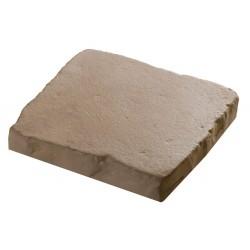 Pavé à coller pierre reconstituée 2,5 cm ocre en situation allée