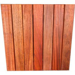 Dalle de terrasse en bois exotique Padouk – 50 x 50 x 3,8 cm