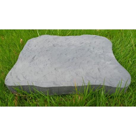 Pas japonais en pierre reconstituée bouchardée gris de face