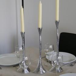 Bougeoir chandelier creux en aluminium martelé
