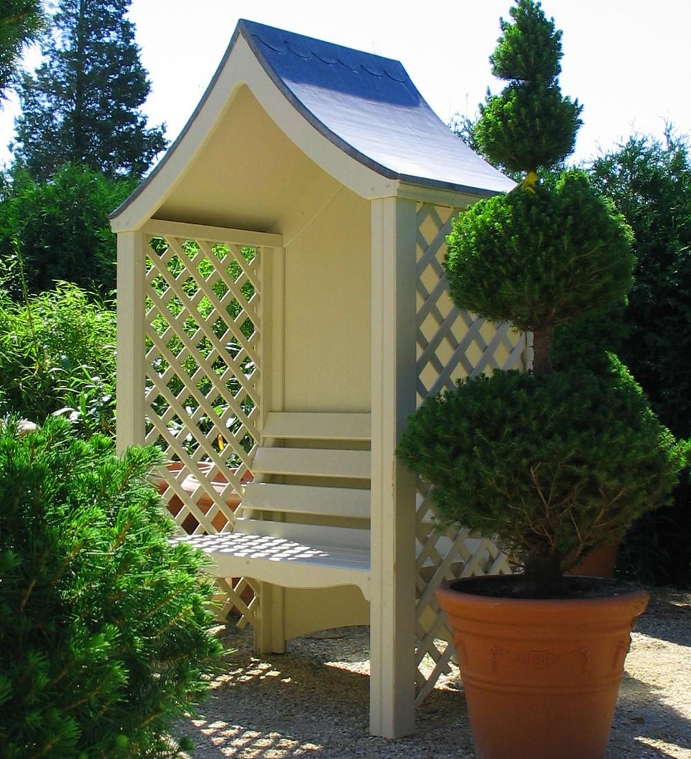 Abri jardin bois avec banc for Bancs de jardin en bois