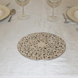 Dessous de plat rond gravé en aluminium