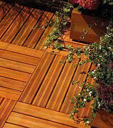 poser une terrasse en dalle bois