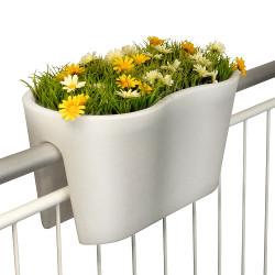 jardinière en pvc pour rambarde de balcon