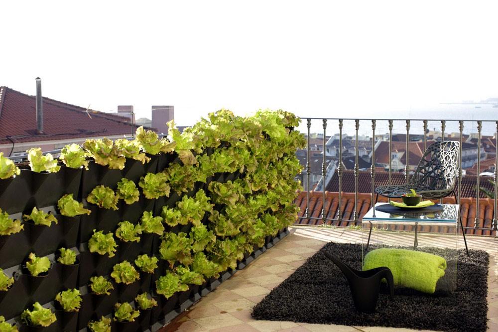 comment placer des jardini res sur les murs. Black Bedroom Furniture Sets. Home Design Ideas