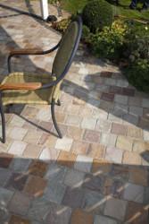 terrasse en pavé pierre naturelle