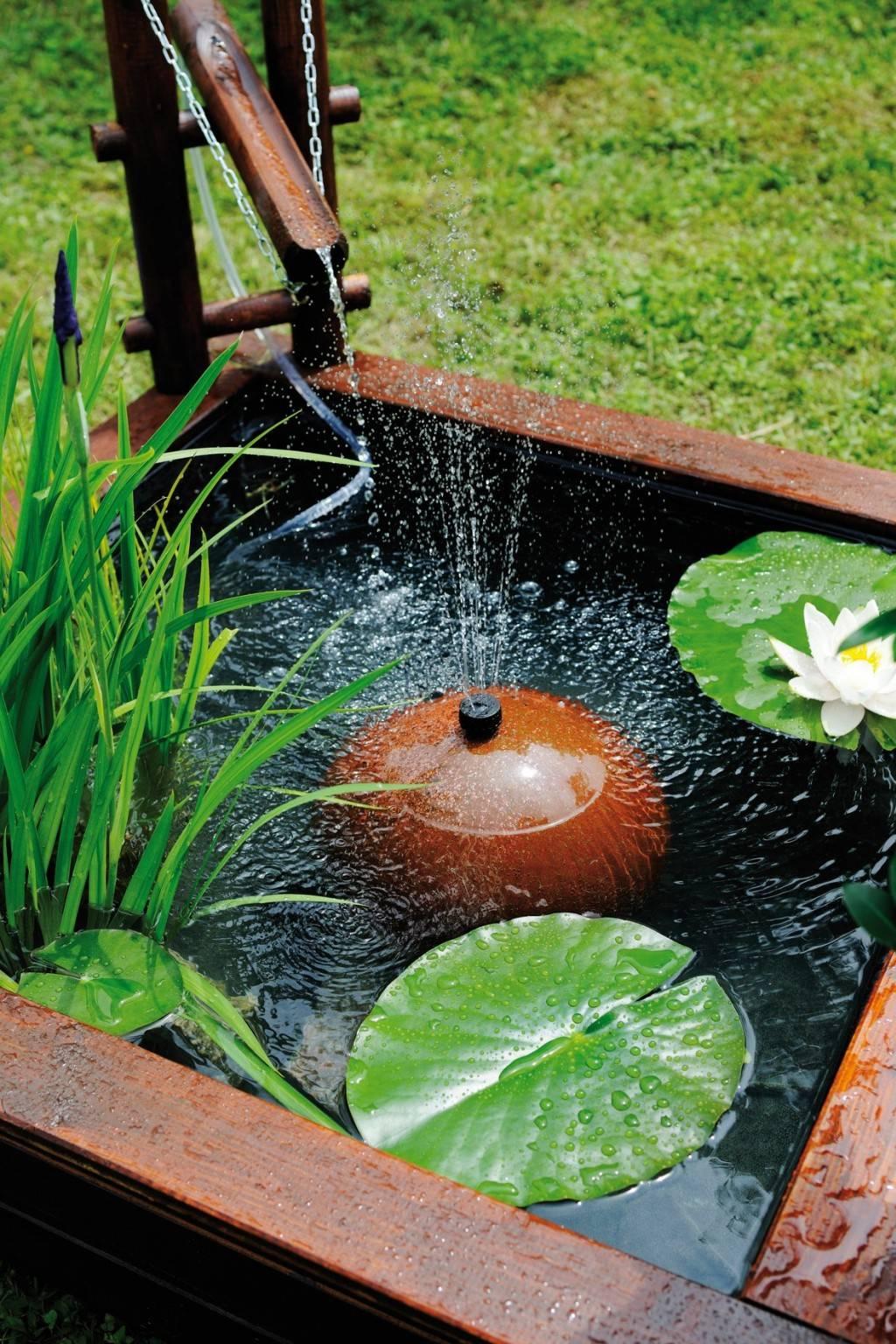 Quel bassin en bois pour son jardin for Toile etanche pour bassin